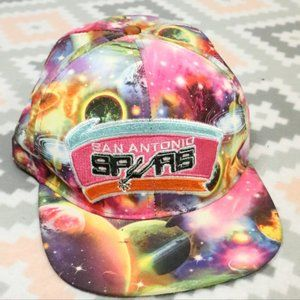 MITCHELL & NESS NBA Spurs Galaxy Snapback Hat VTG